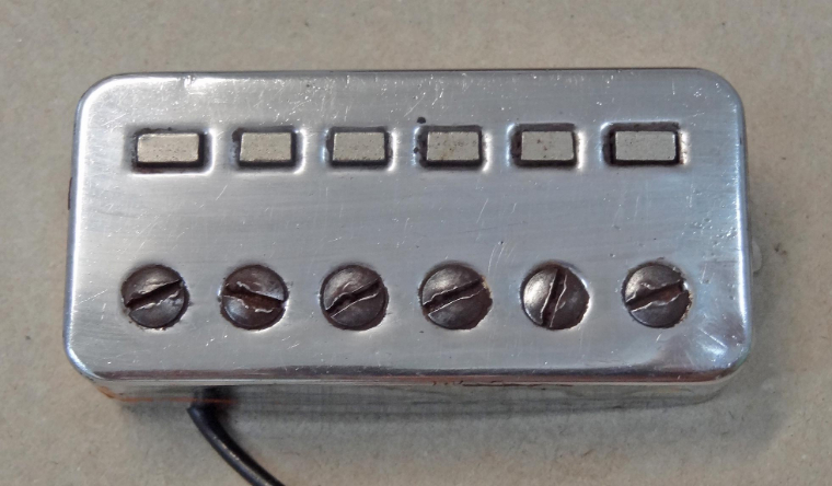 Hoefner-Guitar-Pickup.jpg